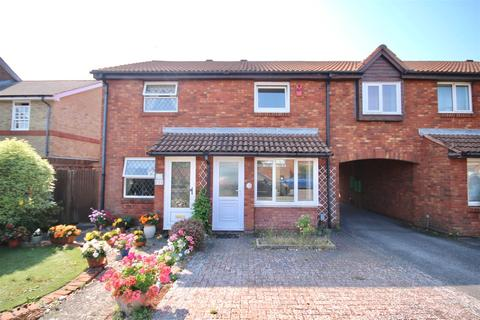 3 bedroom semi-detached house for sale - Lidiard Gardens, Southsea