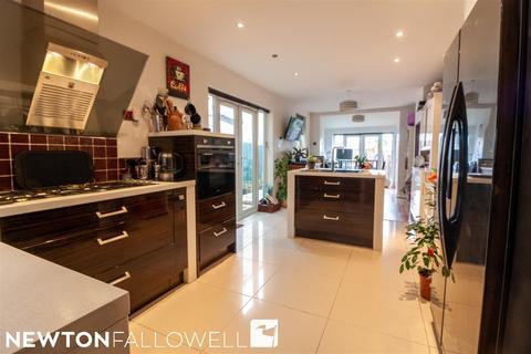 3 bedroom semi-detached house for sale - Grove Lane, Retford