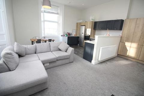 4 bedroom apartment to rent - Picton Manor, Ellison Place, Newcastle Upon Tyne