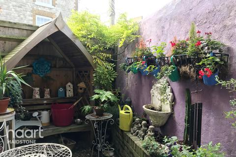 1 bedroom end of terrace house for sale - Wyatt Street, Maidstone