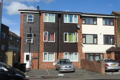 2 bedroom apartment to rent - Milton Road, Gravesend, Kent DA12 2PJ