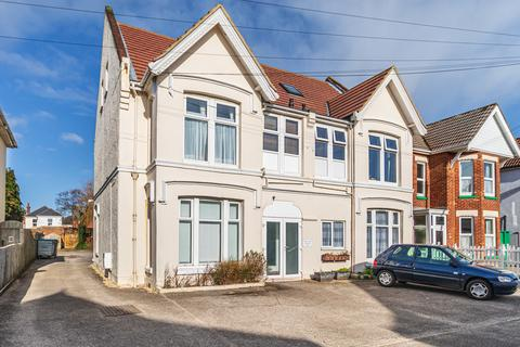 2 bedroom apartment to rent - Flat 7, 108 Parkwood Road