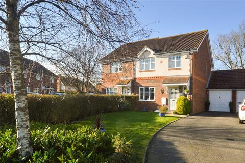 3 bedroom semi-detached house for sale - Chaffinch Drive, Kingsnorth, Ashford, Kent, TN23