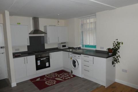 2 bedroom flat to rent - The New Cut, Cullompton