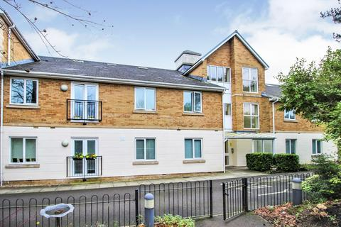 2 bedroom ground floor flat for sale - Craig-Yr-Haul Drive, Castleton, Cardiff, CF3