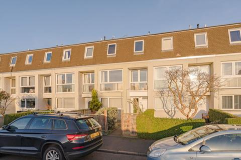 3 bedroom townhouse for sale - 40 Summerside Street, Edinburgh EH6 4NU