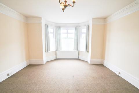 1 bedroom flat to rent - High Street, Iver, Bucks