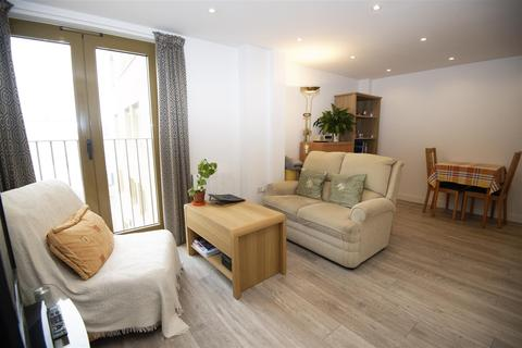 1 bedroom flat for sale - London Road, Cheam, Sutton