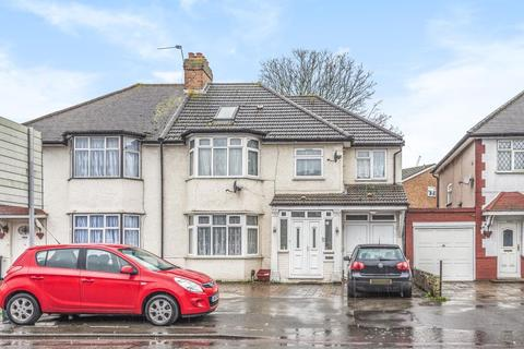 5 bedroom semi-detached house for sale - Feltham, Middlesex, TW14