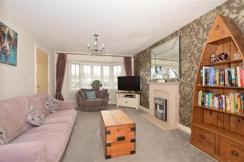 4 bedroom detached house for sale - Kennard Way, Ashford, Kent