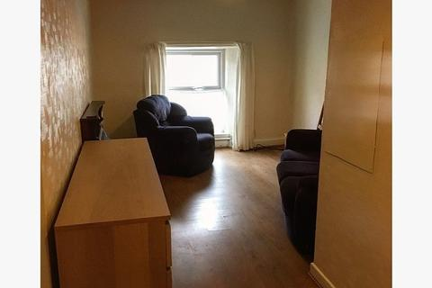 1 bedroom flat to rent - The Square, Corwen LL21