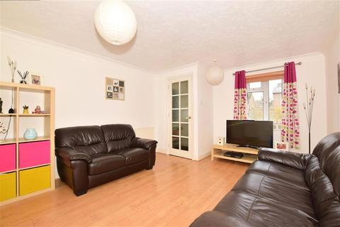 3 bedroom semi-detached house for sale - The Bulrushes, Ashford, Kent