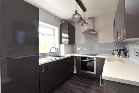 3 bedroom terraced house for sale - Nesbitt Road, Brighton, East Sussex