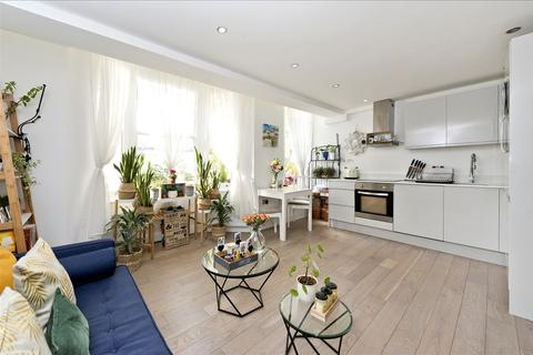 2 bedroom flat for sale - Ormiston Grove, Shepherd's Bush W12