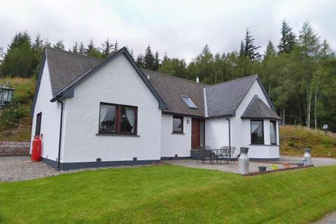 3 bedroom bungalow for sale - Twin Peaks, Fersit, Roy Bridge, PH31 4AR