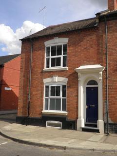 4 bedroom house share to rent - The Mounts, Northampton NN1