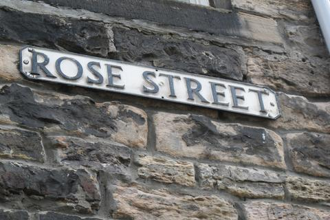 2 bedroom flat to rent - Rose Street, Edinburgh  Available 16th March