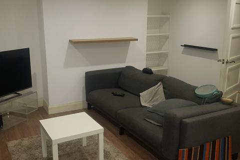 2 bedroom property to rent - chatham place, BRIGHTON BN1