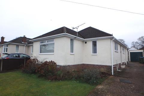 3 bedroom detached bungalow for sale - Sylvan Avenue, Bitterne, Southampton, SO19 5JU