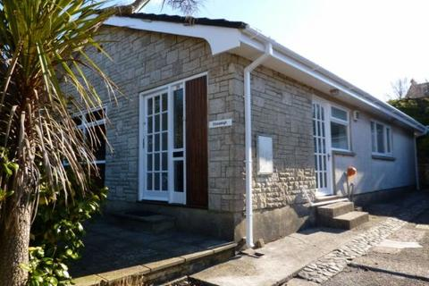 3 bedroom detached bungalow to rent - 3 Bed Detached Bungalow, 28, Warlows Meadow, Manorbier, Tenby  SA70 7TG