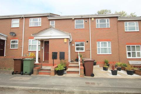 2 bedroom apartment for sale - Belfry Court, Outwood