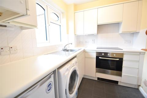 Studio to rent - Corfe Place, Maidenhead, Berkshire, SL6