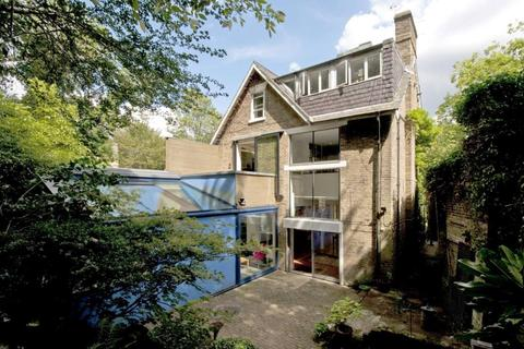 4 bedroom detached house for sale - Swains Lane, Highgate, London, N6