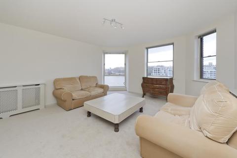 2 bedroom flat to rent - Riverside Court, Nine Elms Lane, SW8