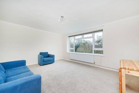 2 bedroom ground floor flat to rent - The Orchard, Blackheath, SE3 (JK)