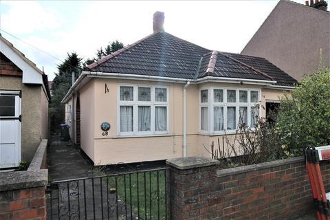 3 bedroom detached bungalow for sale - Standard Road, Bexleyheath, Kent, DA6 8DR