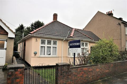 3 bedroom detached bungalow for sale - Standard Road, Bexleyheath, Kent, DA6 8DR