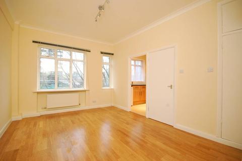 Studio to rent - Euston Rd, Fitzrovia NW1