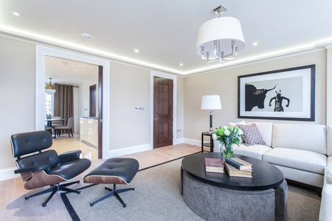 3 bedroom apartment to rent - Curzon Street, Mayfair, London, W1J