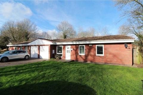 3 bedroom semi-detached bungalow to rent - Brookside Avenue, Coventry, West Midlands
