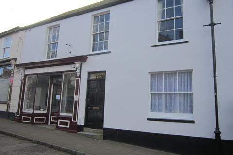 2 bedroom flat to rent - COLYTON