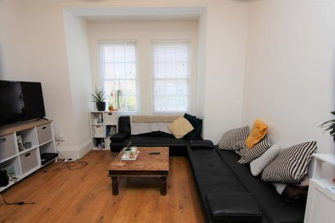 3 bedroom ground floor flat to rent - Tollington Park, Finsbury Park