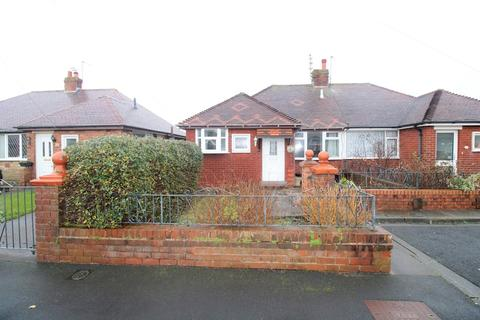 2 bedroom detached bungalow to rent - Kinross Crescent, South Shore, FY4