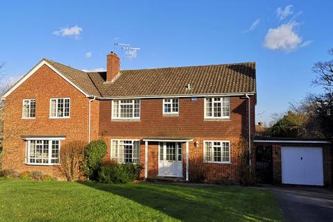4 bedroom semi-detached house for sale - Chiltern Way, Tonbridge, TN9 1NG