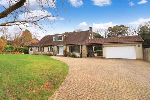 5 bedroom detached house for sale - Lower Station Road, Newick