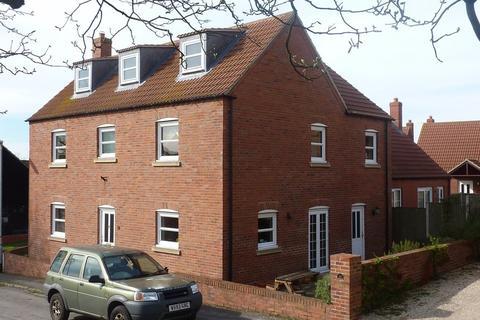4 bedroom detached house to rent - Waterhills Court, Caistor