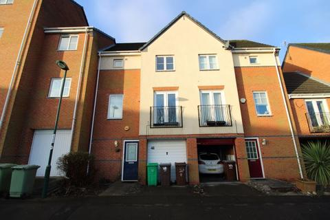 3 bedroom townhouse to rent - Jensen Way, Carrington, Nottingham, NG5 1QP
