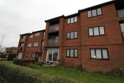2 bedroom flat to rent - Whipsnade Road, Dunstable