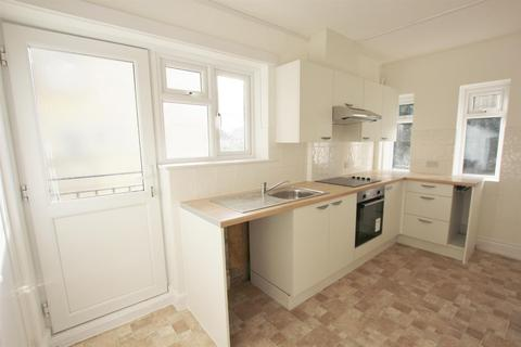 2 bedroom flat for sale - Castle Lane East, Boscombe East, Bournemouth