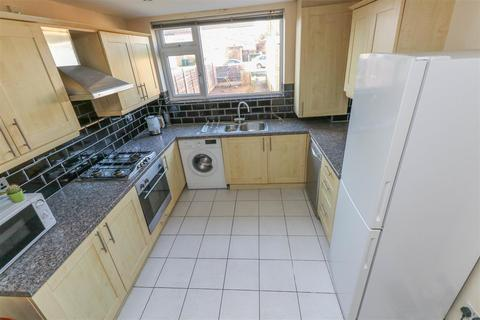 3 bedroom semi-detached house for sale - John Rous Avenue, Canley