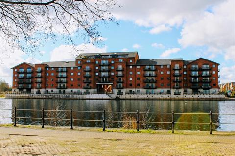 1 bedroom apartment for sale - Henke Court, Cardiff Bay