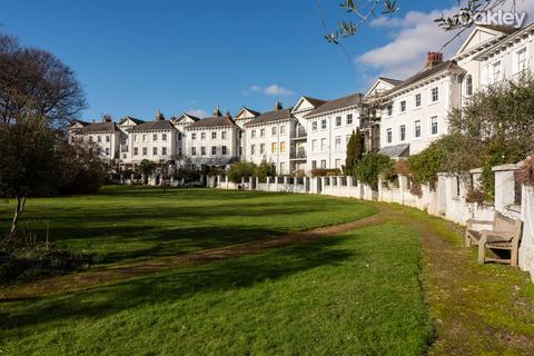 2 bedroom flat for sale - Park Crescent, Central Brighton