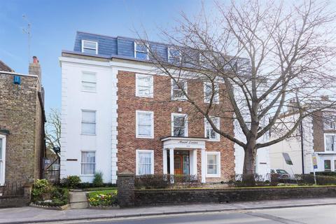 2 bedroom penthouse for sale - Canterbury Road, Birchington