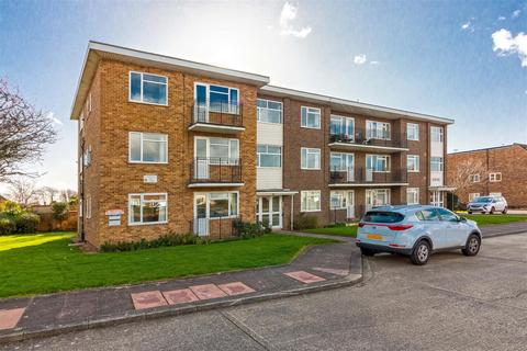 2 bedroom flat for sale - Charles House, Goring-By-Sea,