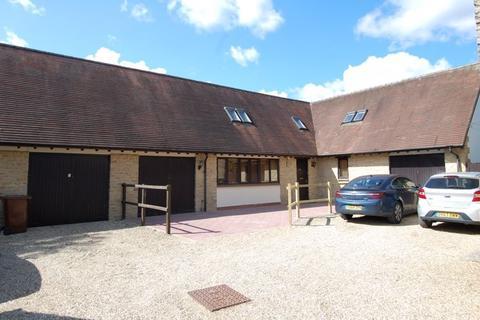 3 bedroom detached house for sale - Cots Green KIDLINGTON