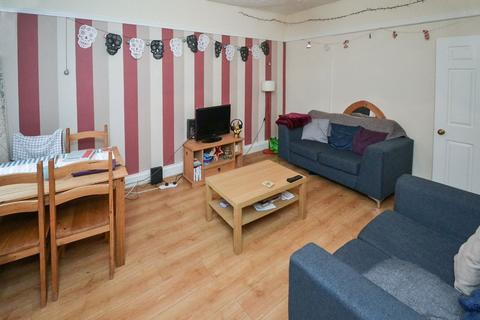 1 bedroom house share to rent - Parkfield Street
